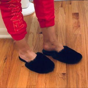 Faux fur slipper mules